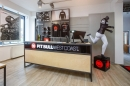 Prodejna PITBULL WEST COAST ve Svitavách.